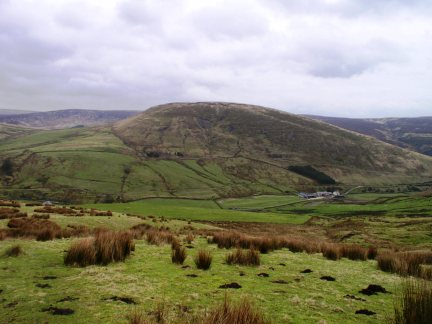 Middle Knoll from the foot of Ouster Rake
