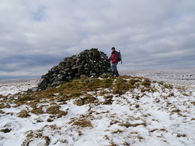 The large cairn on Carter Pike