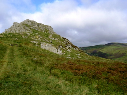 Approaching Housey Crags