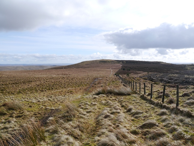 Looking back along the Pennine Way to Ravens Knowe