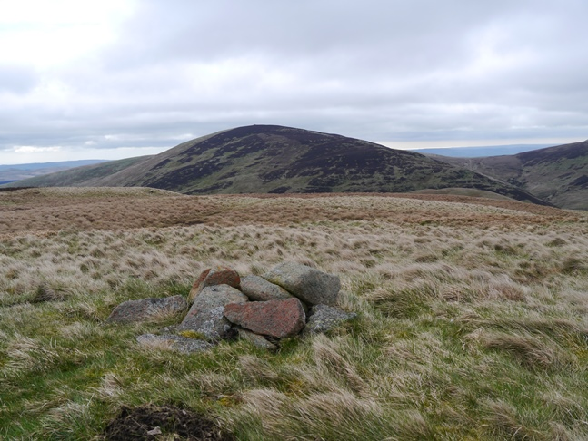 The top of High Cantle with Shill Moor in the background