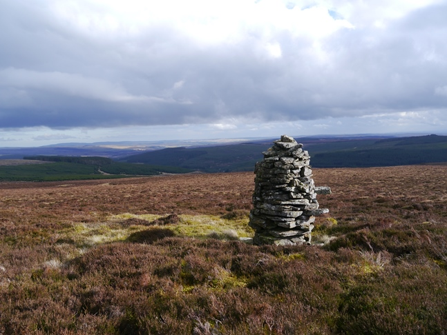One of a number of cairns I passed on the way from Wool Meath to Ellis Crag