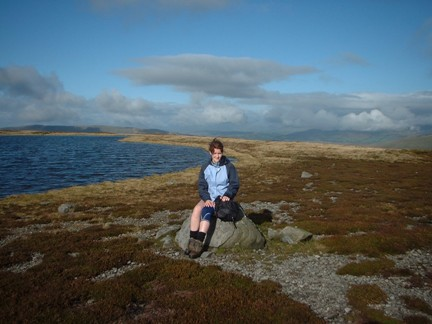Lisa sat by the one of the other tarns