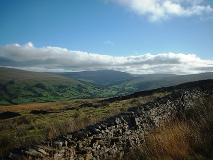 Dentdale and Great Knoutberry Hill from Occupation Road