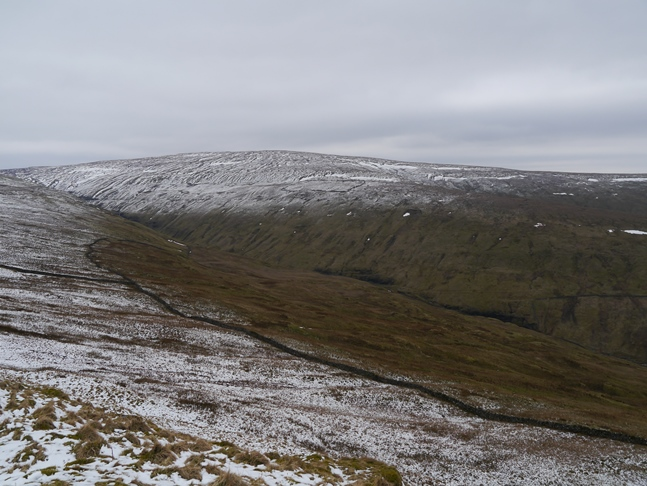 Looking across the head of Sleddale to Dodd Fell Hill