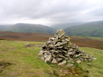 The cairn on Green Hill Ends