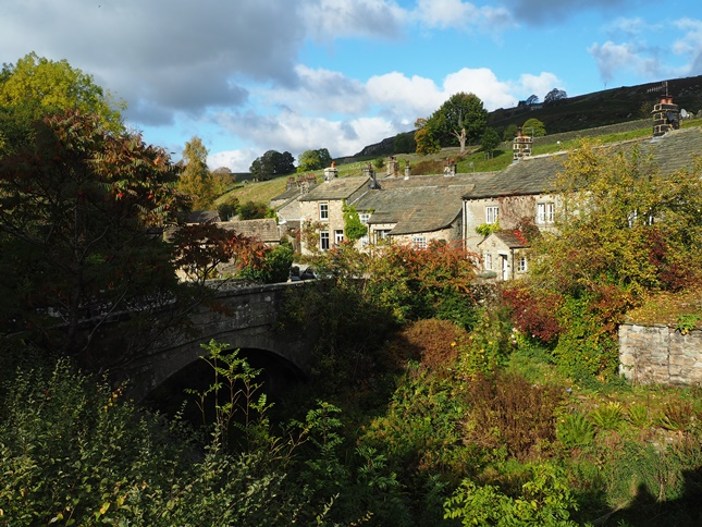 Hebden in the autumn