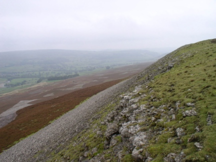 Looking east along the northern slopes of High Harker Hill