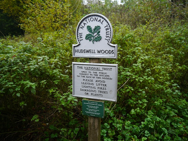 Entering Hudswell Woods