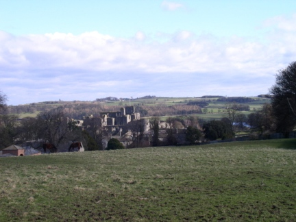 A glimpse of Middleham Castle