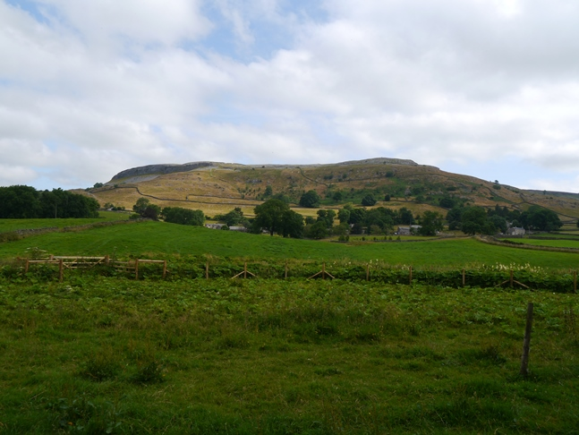 Moughton above the small hamlet of Wharfe