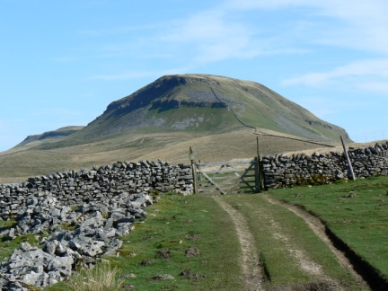Pen-y-Ghent from Long Lane