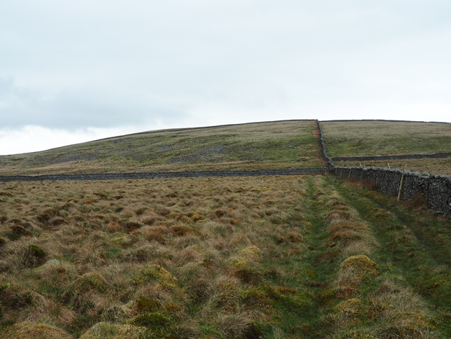 Following the wall towards the top of Rise Hill