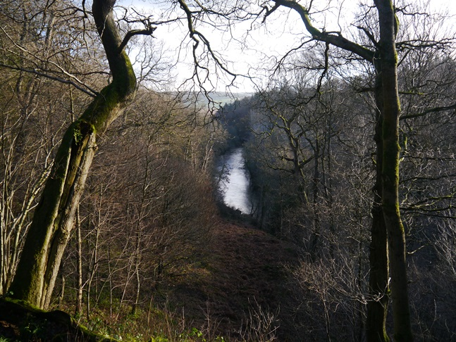 The elevated view of the Wharfe on the east bank