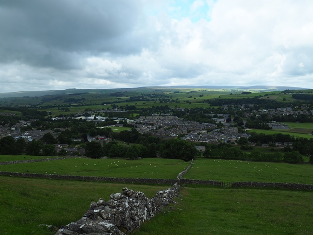 The view down in to Settle from Banks Lane