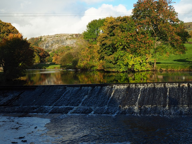 The weir on the Ribble below Stackhouse