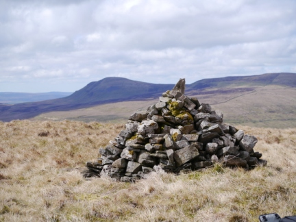 The large cairn on the top of Horse Head