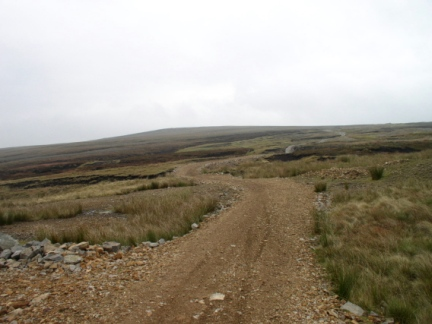 The bridleway that crosses Whitaside Moor to Apedale Head