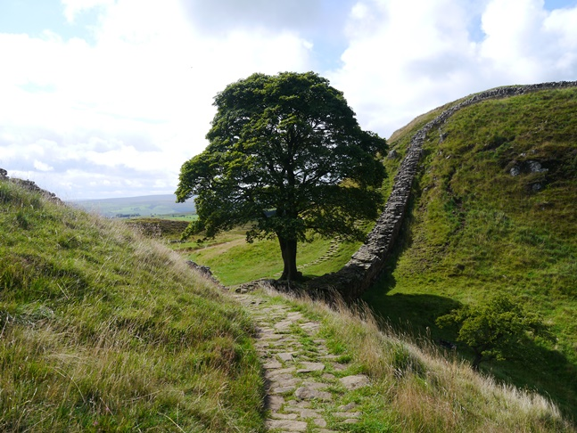 Approaching Sycamore Gap