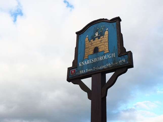 The Knaresborough sign near the car park