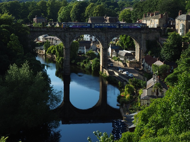 The York to Harrogate train passing over the viaduct at Knaresborough
