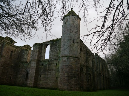 Another picture of Spofforth Castle