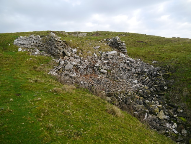 What seemed to be the ruins of an old kiln on Smardale Fell