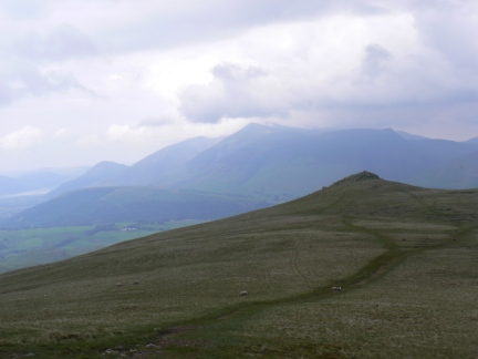 Approaching Calfhow Pike
