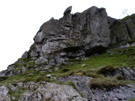 Looking up to the Hanging Stone