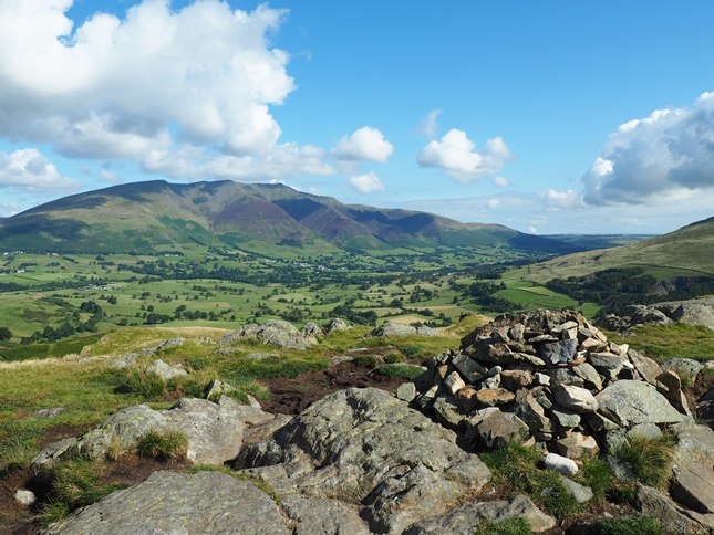 The summit cairn on High Rigg looking towards Blencathra