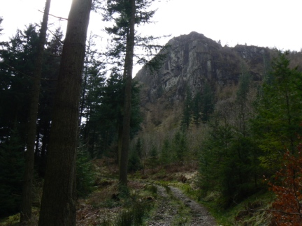Looking up at Raven Crag