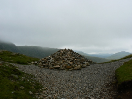 The cairn marking the top of Swirl Hause