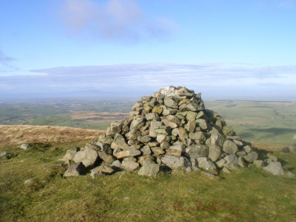 The large cairn on Brae Fell