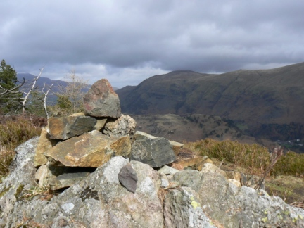 The top of Raven Crag looking towards Clough Head
