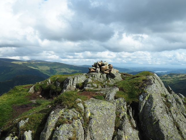 The small cairn on the top of Tarn Crag
