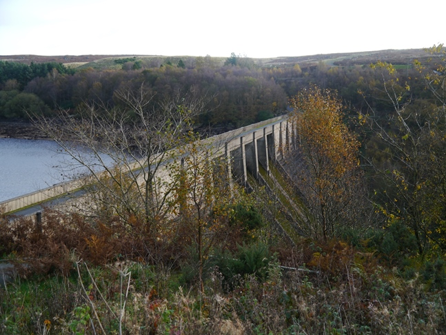 The impressive Thruscross Dam from the car park