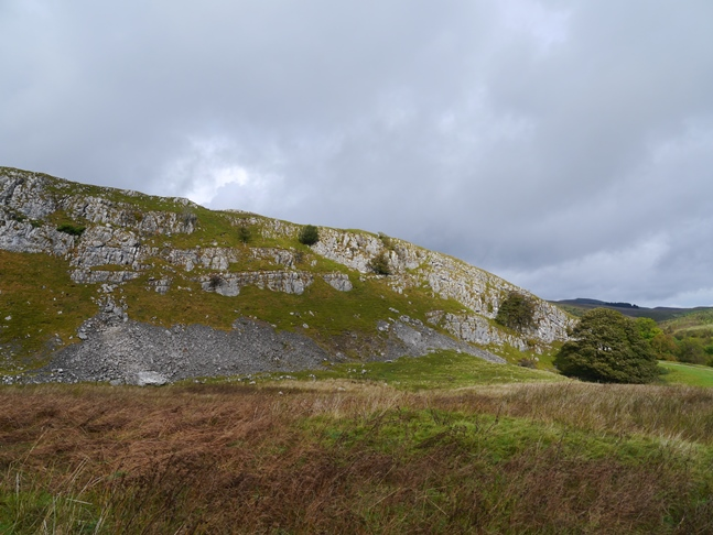 The limestone scar of Carry Band