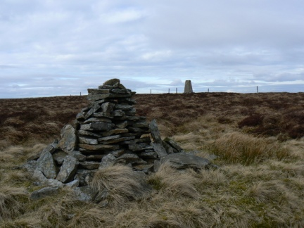 The currick and trig point on Middlehope Moor