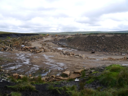 The not quite disused Flinty Quarry