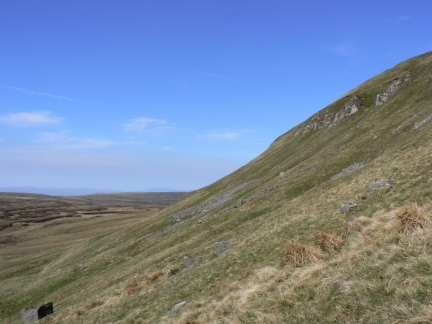 The steep south-eastern slopes of Mickle Fell