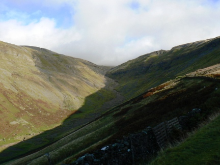 Great Rundale looking up to Threlkeld Side with Backstone Edge on the right