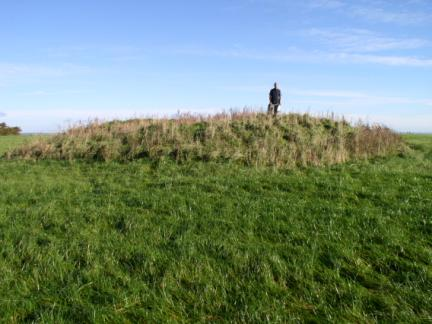 On the small grassy tumulus above Boltby Scar