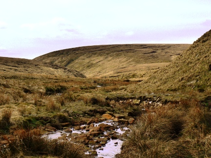 Looking back at Black Chew Head from the head of Crowden Great Brook