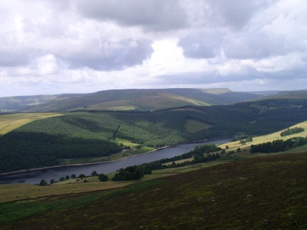 Ladybower Reservoir backed by the Kinder plateau