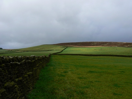 Approaching Draughton Moor via Addingham Low Moor