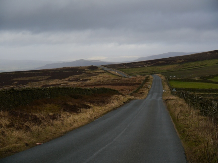 The road over Thornton Moor looking to Flasby Fell