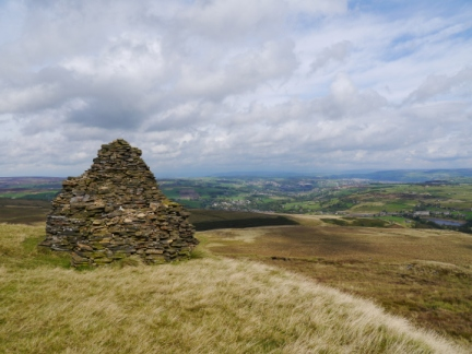 The large shelter cairn on Nab Hill