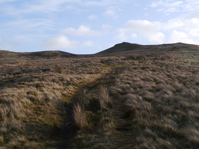 Approaching the top of Skipton Moor