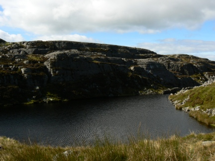 The small tarn of Llŷn Du