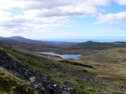 The view back down to Llŷn Eiddew Mawr